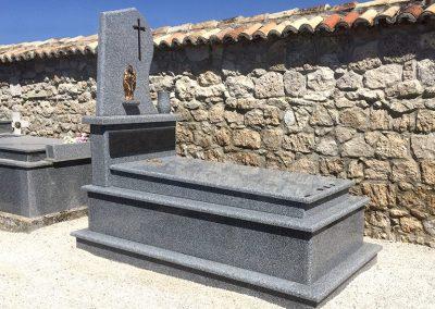 tumba-irelia-granito