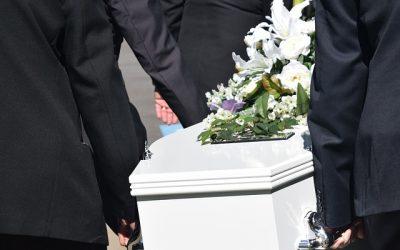Qué es un entierro civil: Cómo planificar un funeral